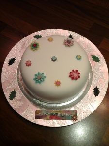 Christmas Flowers Cake Medium