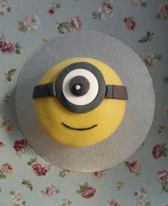 Minion Cake Stuart